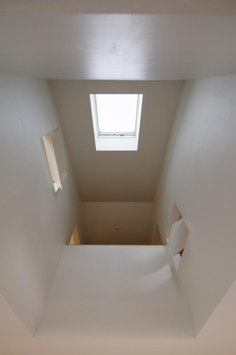 大きな窓で繋がる家